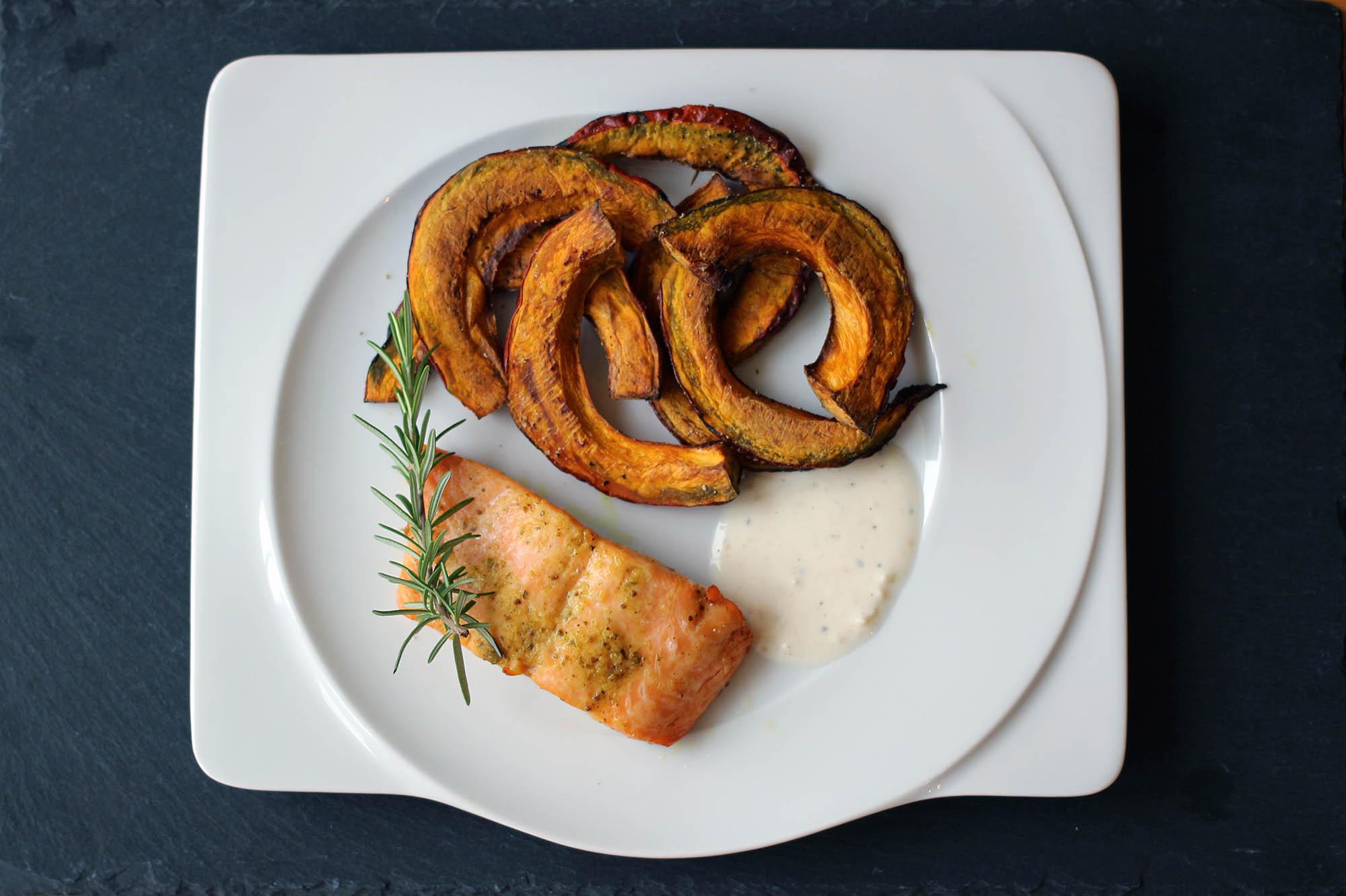 wildlachs-in-oel-senf-marinade-mit-kuerbis_05