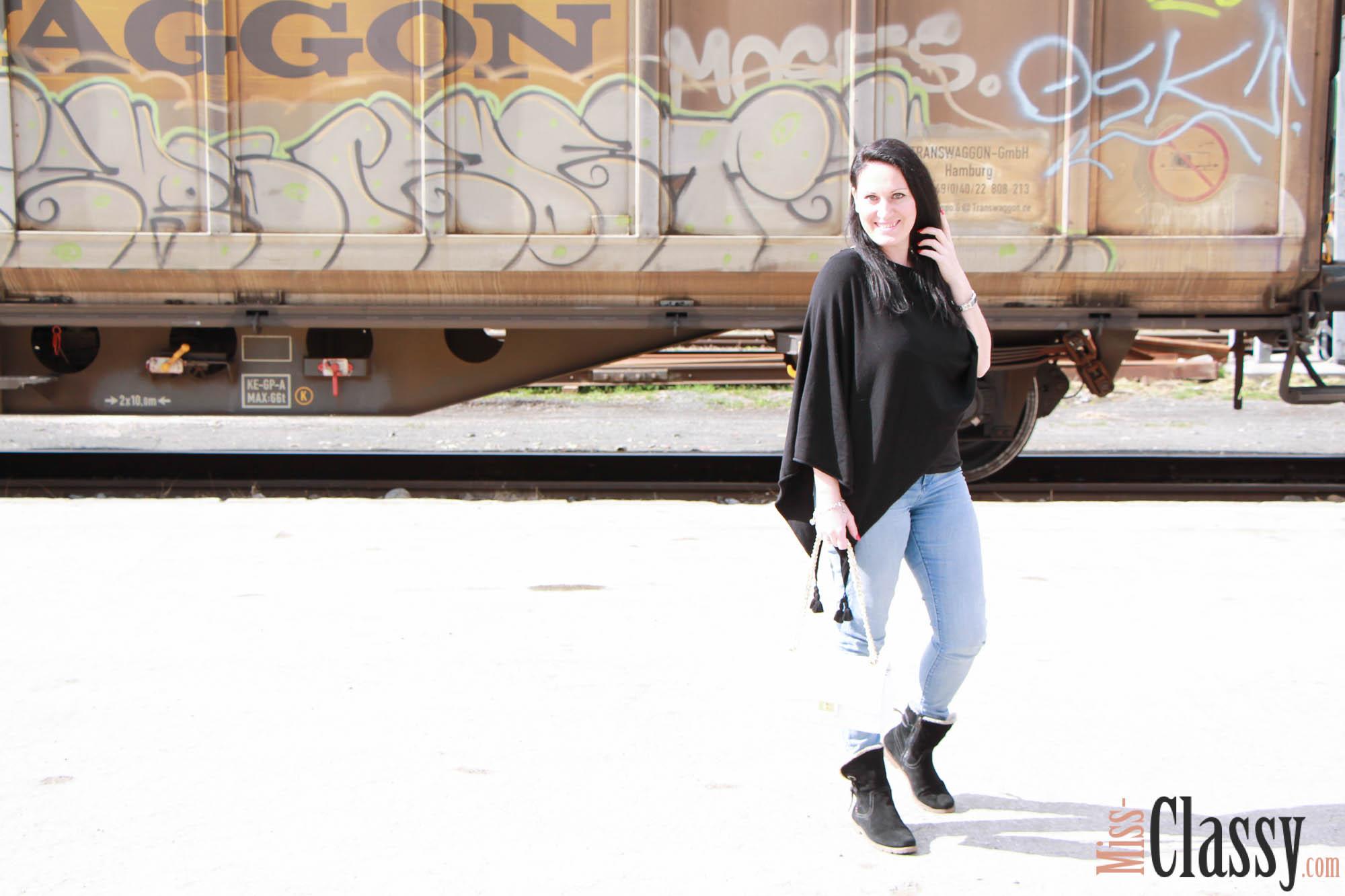 Transwaggon Graffiti_09