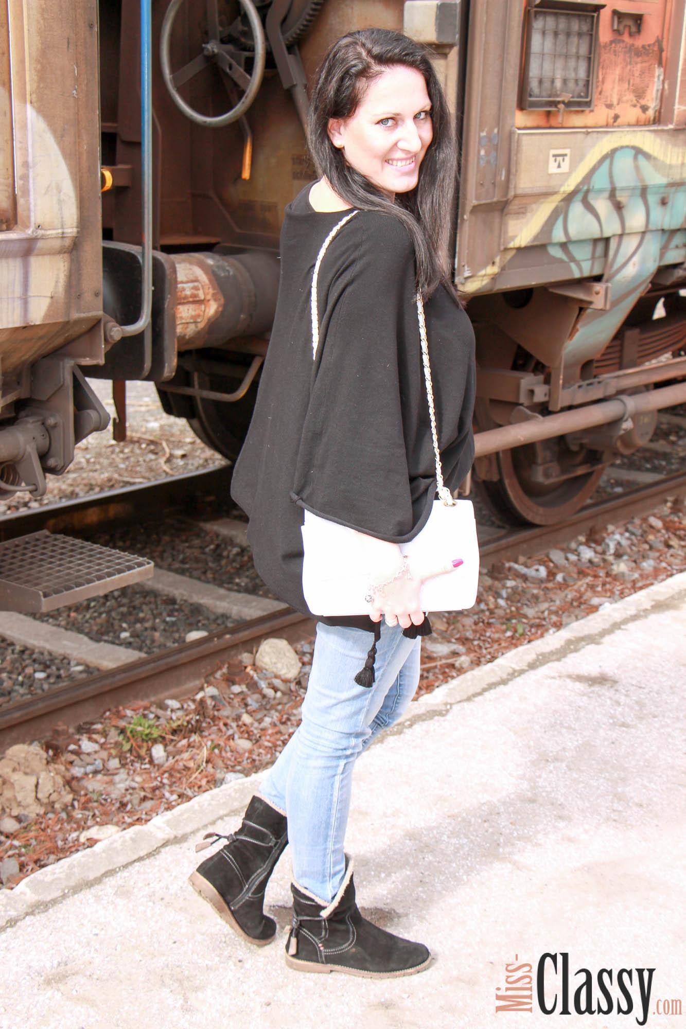 Transwaggon Graffiti_14