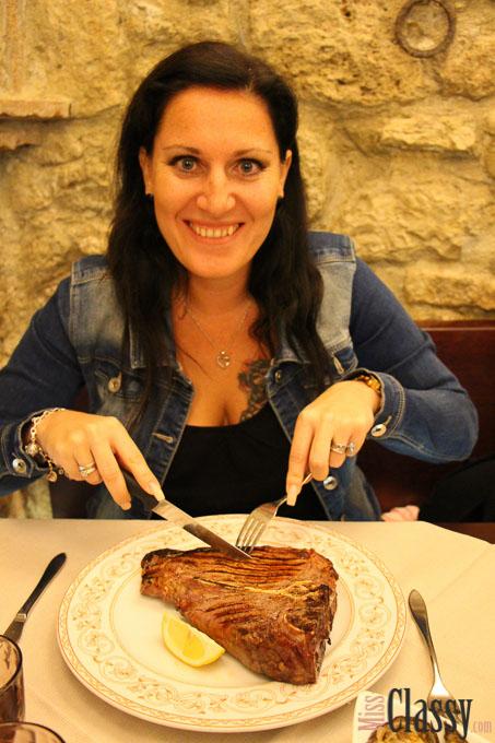 TRAVEL: Italien - Toskana - Tuscany - San Gimignano - Travelblog - Reisebericht - Wayfarer - Wanderlust - Miss Classy - Fiorentina - Steak