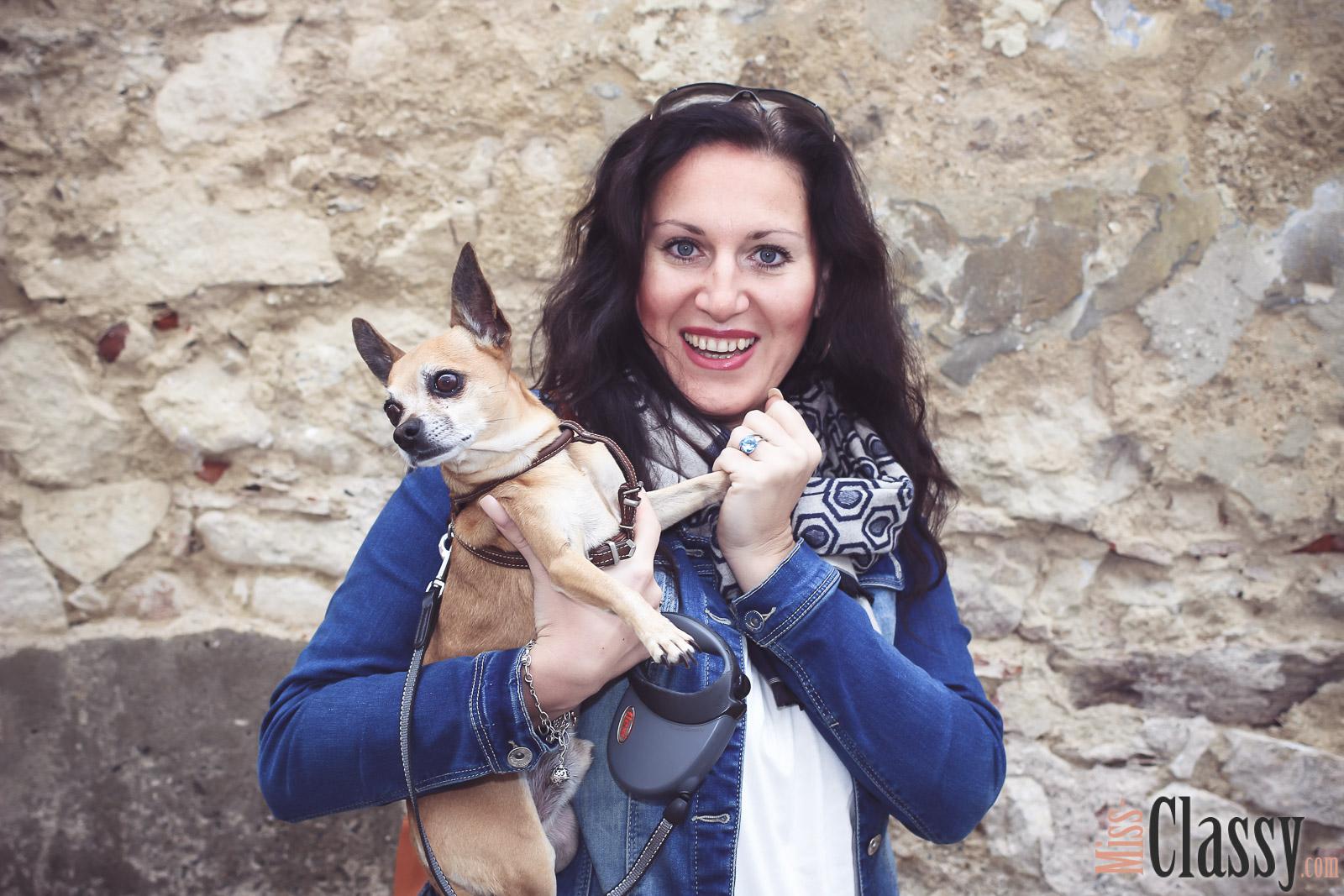 OUTFIT Marc O'Polo Boots - meine neuen Winterstiefel, Miss Classy, miss-classy.com, classy, beclassy, Judenburg, Sternenturm, Sonnenbrille, Lederrucksack, Chihuahua, Hund, ChiChi, Jeansjacke, Winterstiefel, Boots, Schal