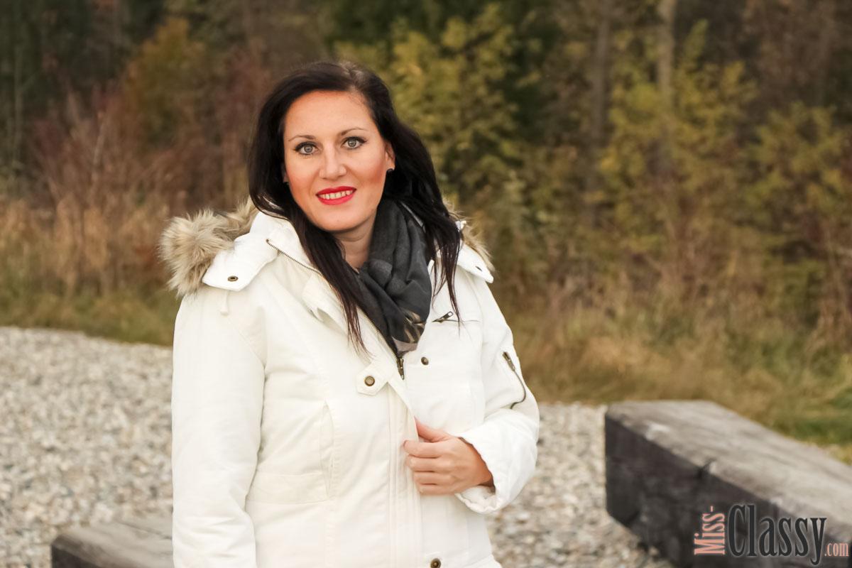 OUTFIT Weisser Parka mit Kapuze, Miss Classy, miss-classy.com, classy. beclassy, Herbst, Graz, Mur, Skinny Jeans, Boysens Parka, Schal, Boots, Stiefel, Marco Polo, MAC, Lippenstift