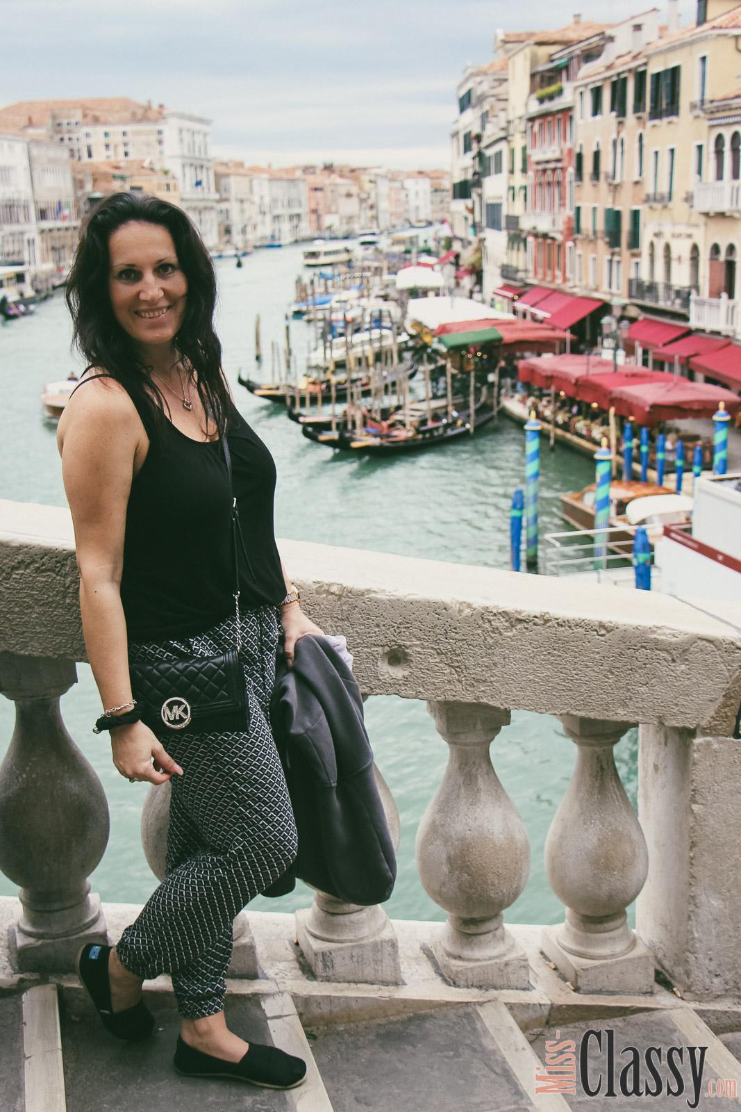 TRAVEL Venedig - die ewige Stadt der Liebe, Miss Classy, missclassy, classy, beclassy, Travelblog, Travelblogger, Wayfarer, Wanderlust, Abenteuer, Reise, Venedig, Venice, Venezia, Italien, Lagune, Lagunenstadt, Gondel, Canal Grande, Markusplatz, Rialtobrücke