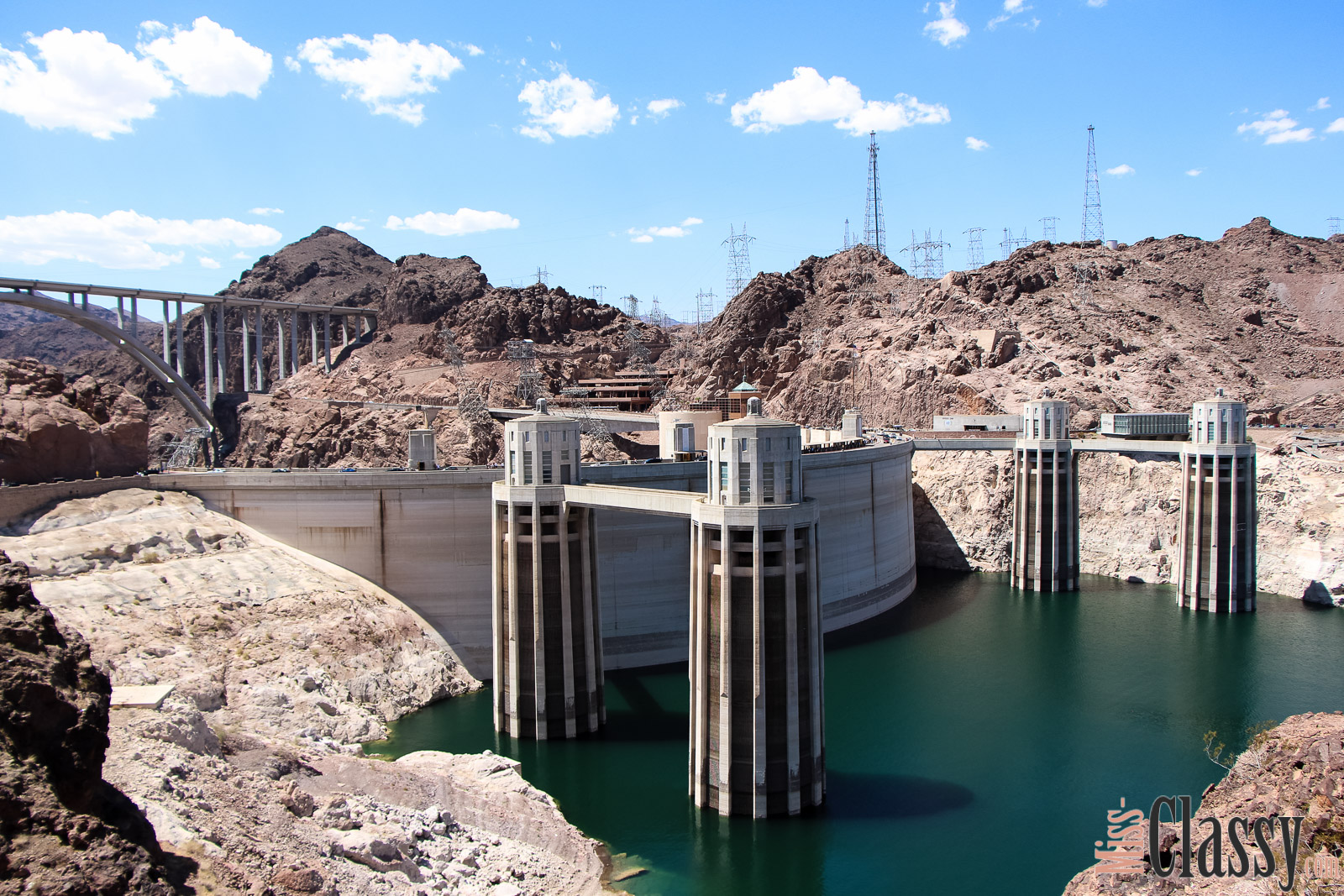 TRAVEL Hoover Dam und Lake Mead, Miss Classy, miss-classy.com, Lifestyleblog, Lifestyleblogger, Lifestyleblog Graz, Travelblog, Travelblogger, Graz, Steiermark, Österreich, classy, beclassy, Reise, Travel, Wanderlust, Wayfarer, Roadtrip, USA, United States of America, Amerika, Las Vegas, Hoover Dam, Lake Mead, Hoover Talsperre