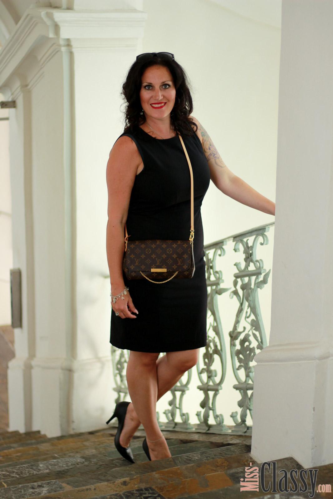 Classy And Elegant Black And White Flooring Design Ideas: OUTFIT: Elegant Und Classy