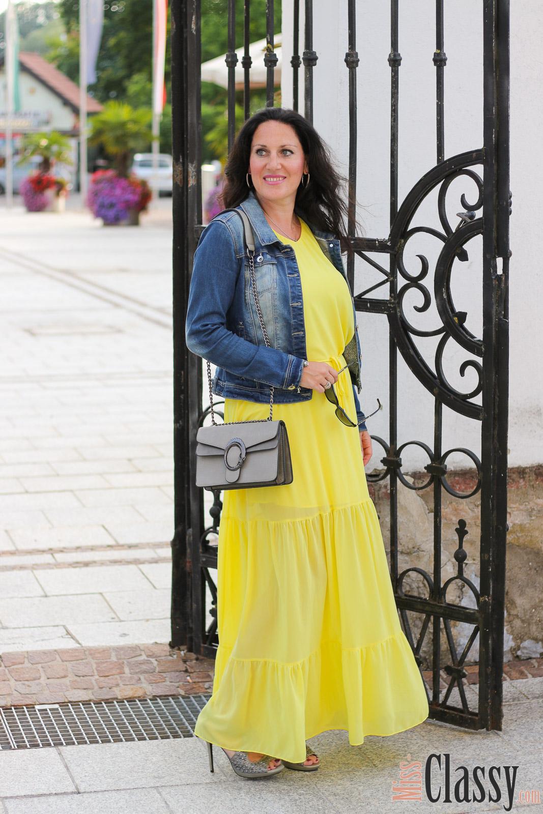 outfit summer colors mein gelbes sommerkleid 7 girls 7. Black Bedroom Furniture Sets. Home Design Ideas