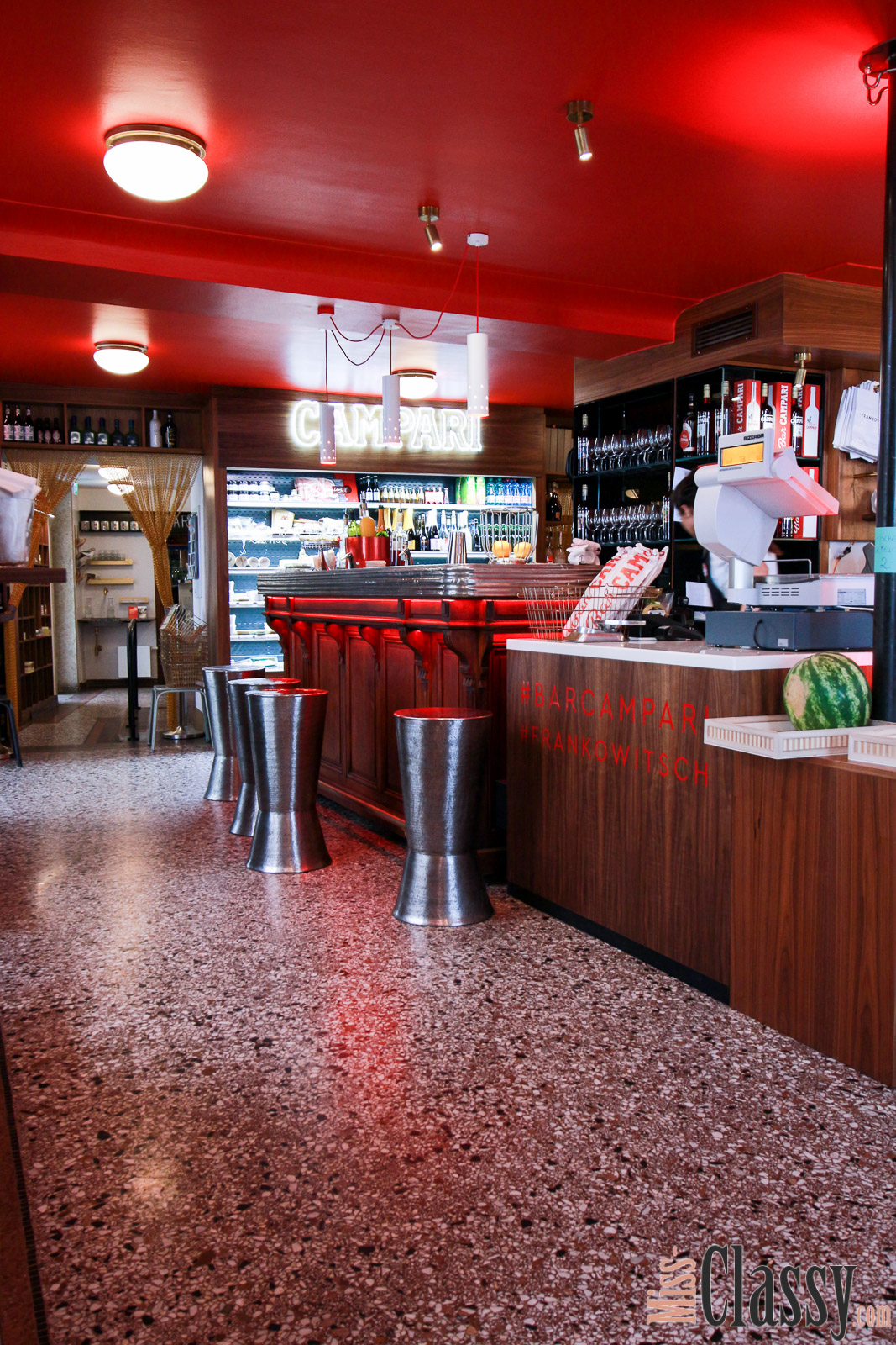 Italienischer Vintagsex In Bar