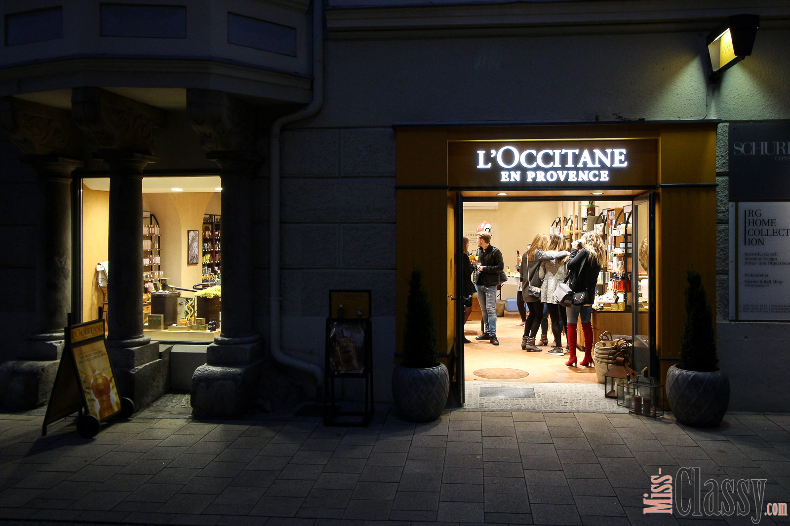 LIFESTYLE: L'Occitane en Provence feiert den 20. Geburtstag in Graz, Miss Classy, Lifestyle Blog, Beauty Blog, Graz, Steiermark, Österreich, classy, beclassy, Provence, Kosmetik, Parfum, Gesichtspflege, Store, Shop, Lavendel, Bloggerevent, L'Occitane en Provence Shop Schmiedgasse 21