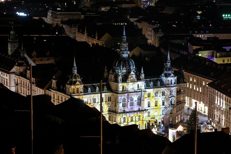 LIFESTYLE Adventszeit in Graz - Weihnachtsmärkte, Miss Classy, Lifestyle Blog Graz, classy, Christkindlmarkt, Weihnachtsmarkt, Graz, Glühwein, Punsch, Advent in Graz, Rathaus Graz, Hauptplatz