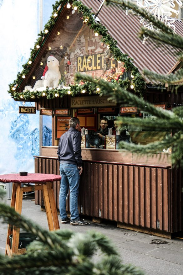 LIFESTYLE Adventszeit in Graz - Weihnachtsmärkte, Miss Classy, Lifestyle Blog Graz, classy, Christkindlmarkt, Weihnachtsmarkt, Graz, Glühwein, Punsch, Advent in Graz, Weihnachtsmarkt am Grazer Hauptplatz