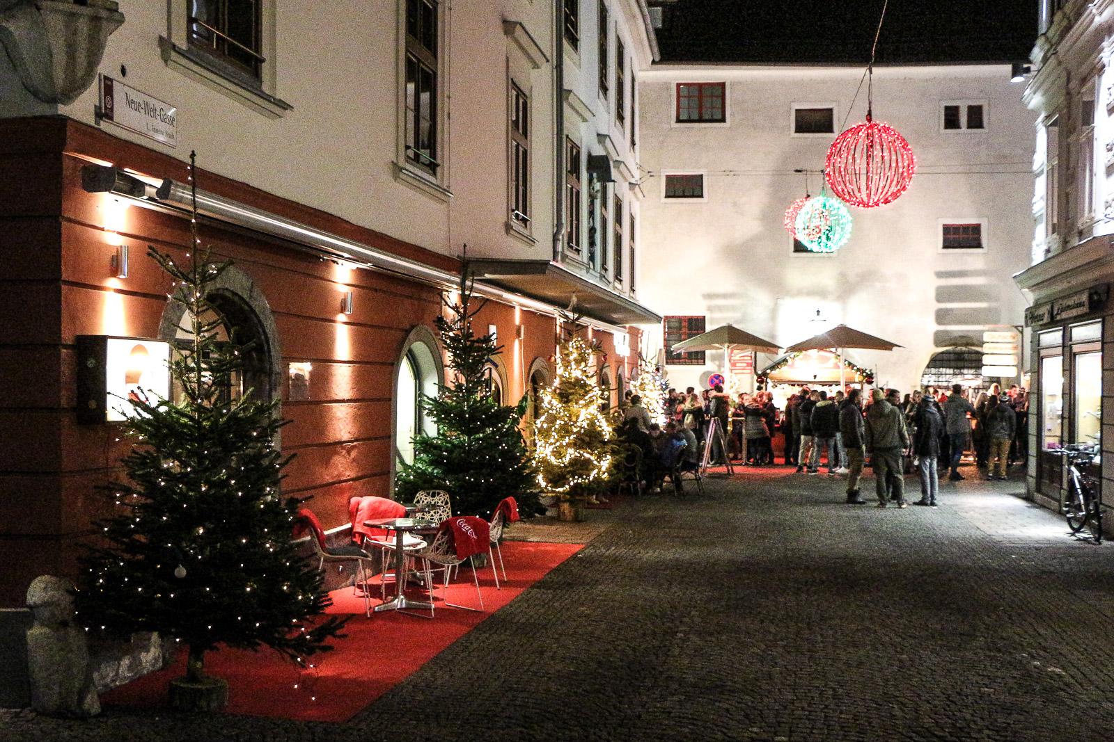 LIFESTYLE Adventszeit in Graz - Weihnachtsmärkte, Miss Classy, Lifestyle Blog Graz, classy, Christkindlmarkt, Weihnachtsmarkt, Graz, Glühwein, Punsch, Advent in Graz, Weihnachtsmarkt am Franziskanerplatz