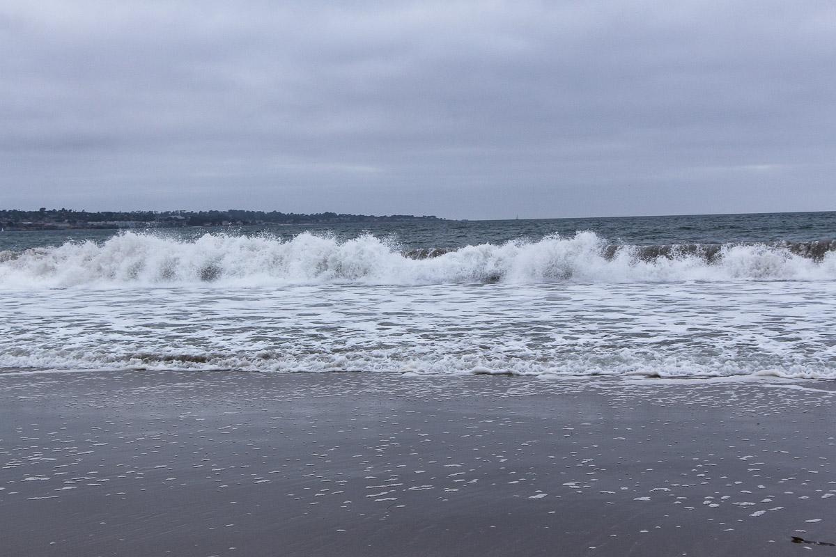 Monterey und Whale Watching in der Monterey Bay, Spaziergang am Monterey State Beach, Brandung, USA, Reise Blog, Reisebericht, Westküste, Roadtrip, Kalifornien, Miss Classy