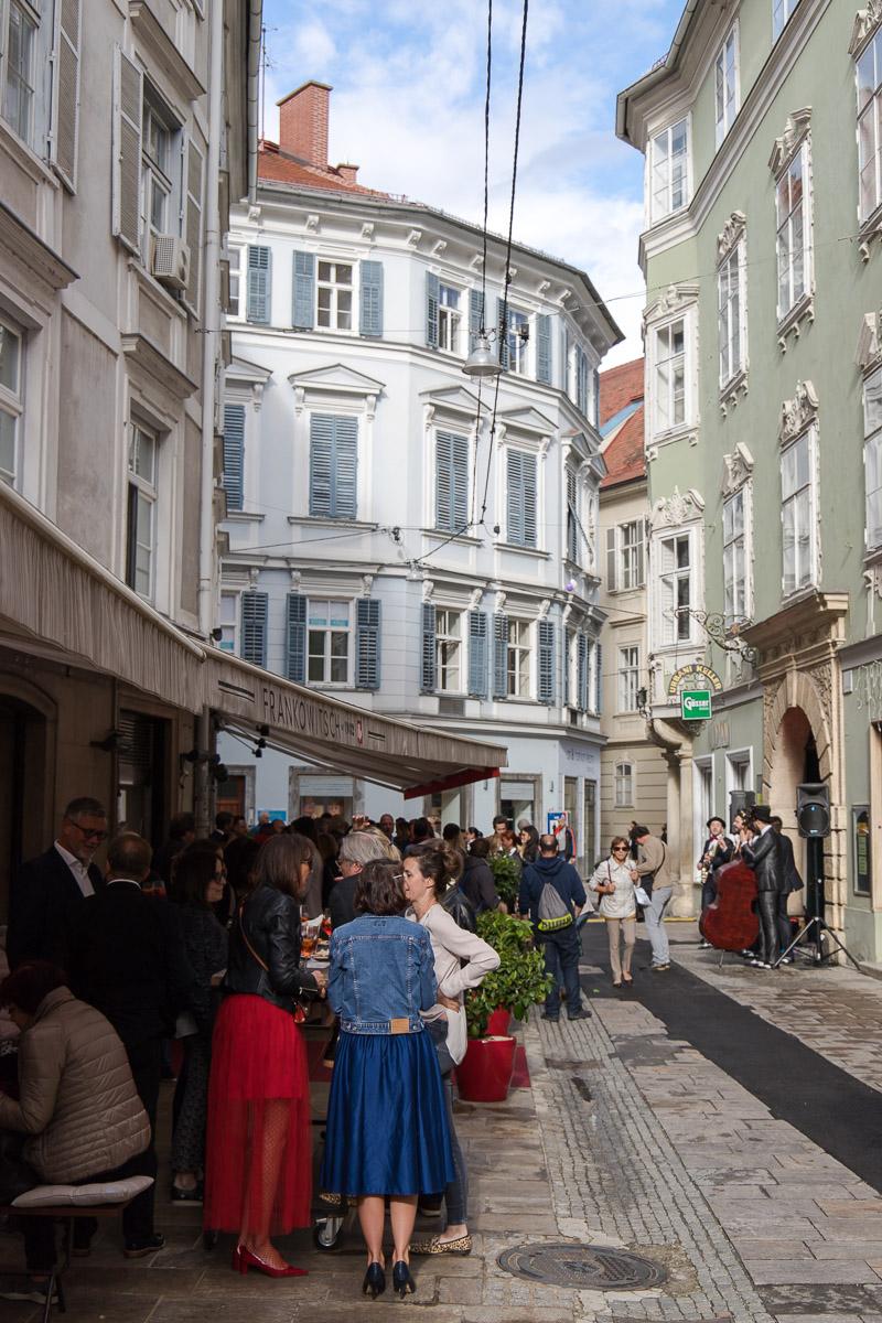 Benvenuta Primavera in der Bar Campari im Frankowitsch, Campari Orange, Campari Spritz, Campari Seltz, Aperitivo, Delikatessen, Brötchen, Patisserie, Lifestyle Blog, Blogger Graz, Blog Graz, Miss Classy