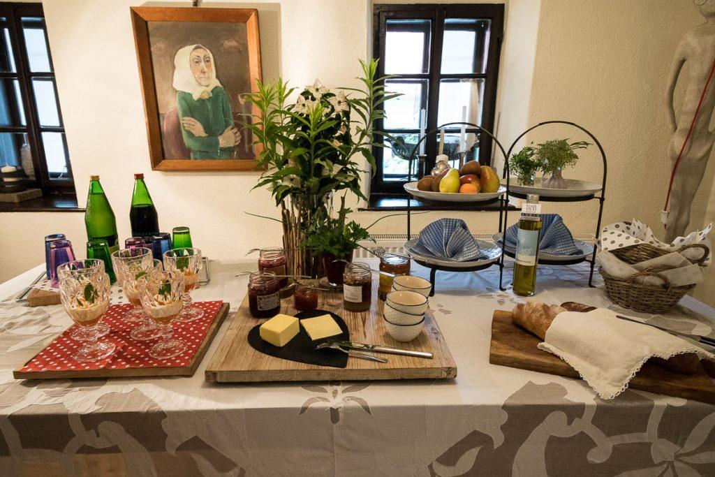 Frühstück, Der Arkadenhof – #hideaway im Südburgenland // Der Arkadenhof, Dreikanthof, idyllischen Urlaubsdomizil, Entspannung, Reiseblog Österreich, www.miss-classy.com #burgenland #reise #reiseblog #arkadenhof #derarkadenhof