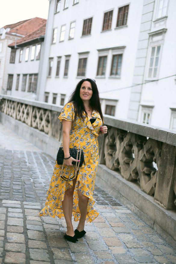 Sommer Outfit mit meinem gelben Wickelkleid mit Rüschen, Kleid von Vero Moda, Michael Kors Handtasche, Mules von H&M, Fashionblog, Modeblog, Blogger Graz, Fashion Blog Graz, Miss Classy