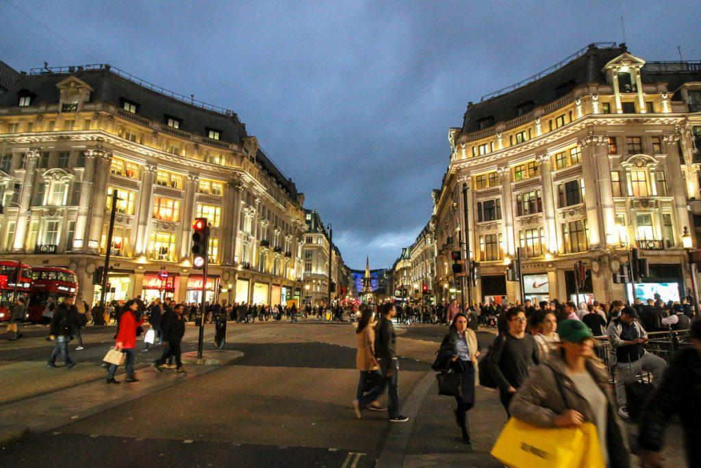 Regent Street, London - Kurztrip in die britische Metropole, Reiseblog, Travelblog, Reise, Reisetagebuch, Miss Classy
