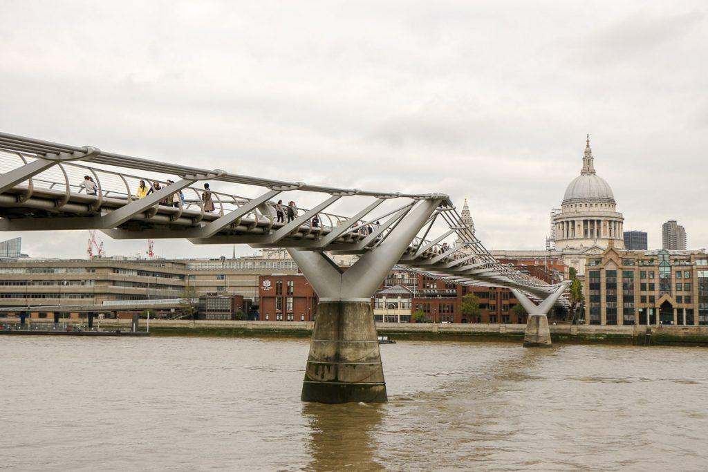 Millennium Bridge, London - Kurztrip in die britische Metropole, Reiseblog, Travelblog, Reise, Reisetagebuch, Miss Classy