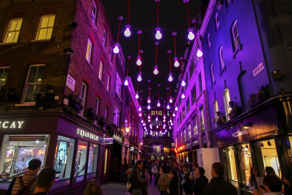 Carnaby Street, London - Kurztrip in die britische Metropole, Reiseblog, Travelblog, Reise, Reisetagebuch, Miss Classy