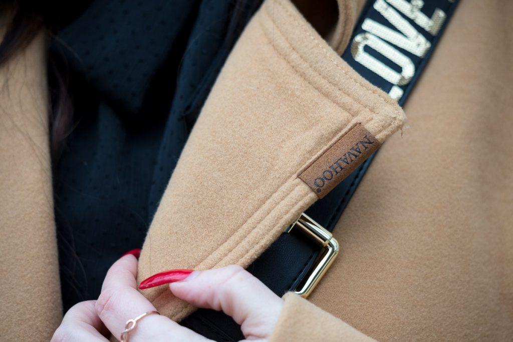 Outfit mit Camel Coat und Leoprint-Stiefeletten, Wintermantel von YouModo, Love Moschino Handtasche, Gucci Gürtel mit Doppel G Schnalle, Wollmantel, Fashionblog, Modeblog, Blog Graz, Fashion Blog Graz, Miss Classy