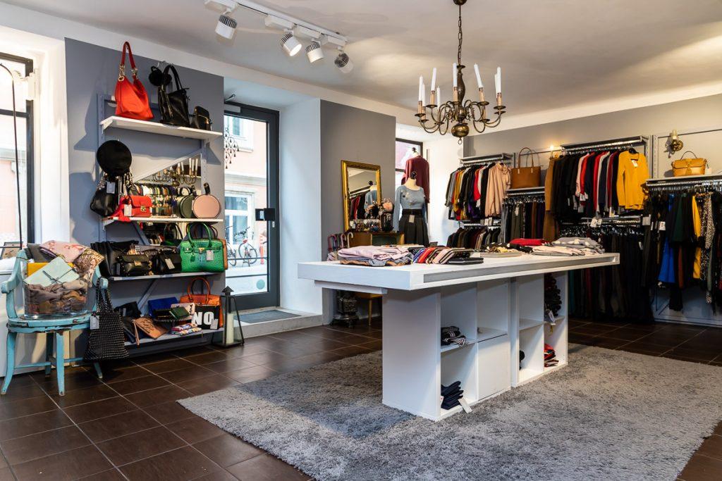 Number One Graz - italienische Mode kaufen in Graz // Graz Blog, www.miss-classy.com #numberone #italienischemode #graz #fashion #italien #modeparadies