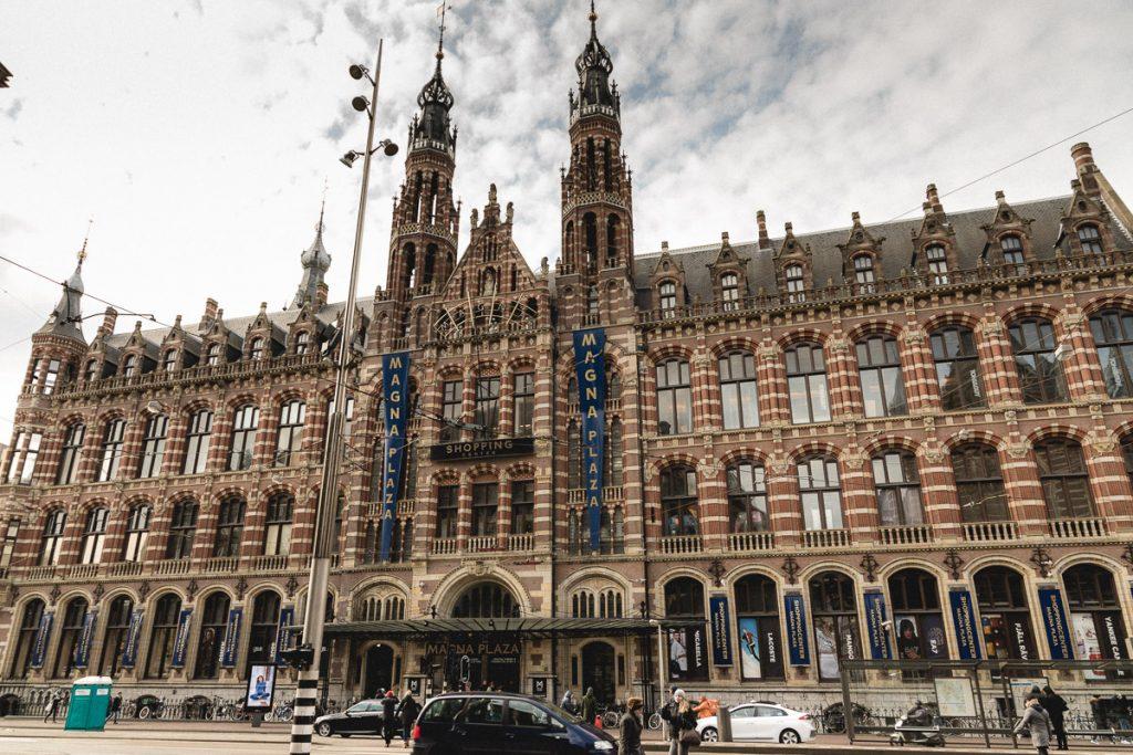 Amsterdam Reiseblog - Shopping in Amsterdam, Magna Plaza