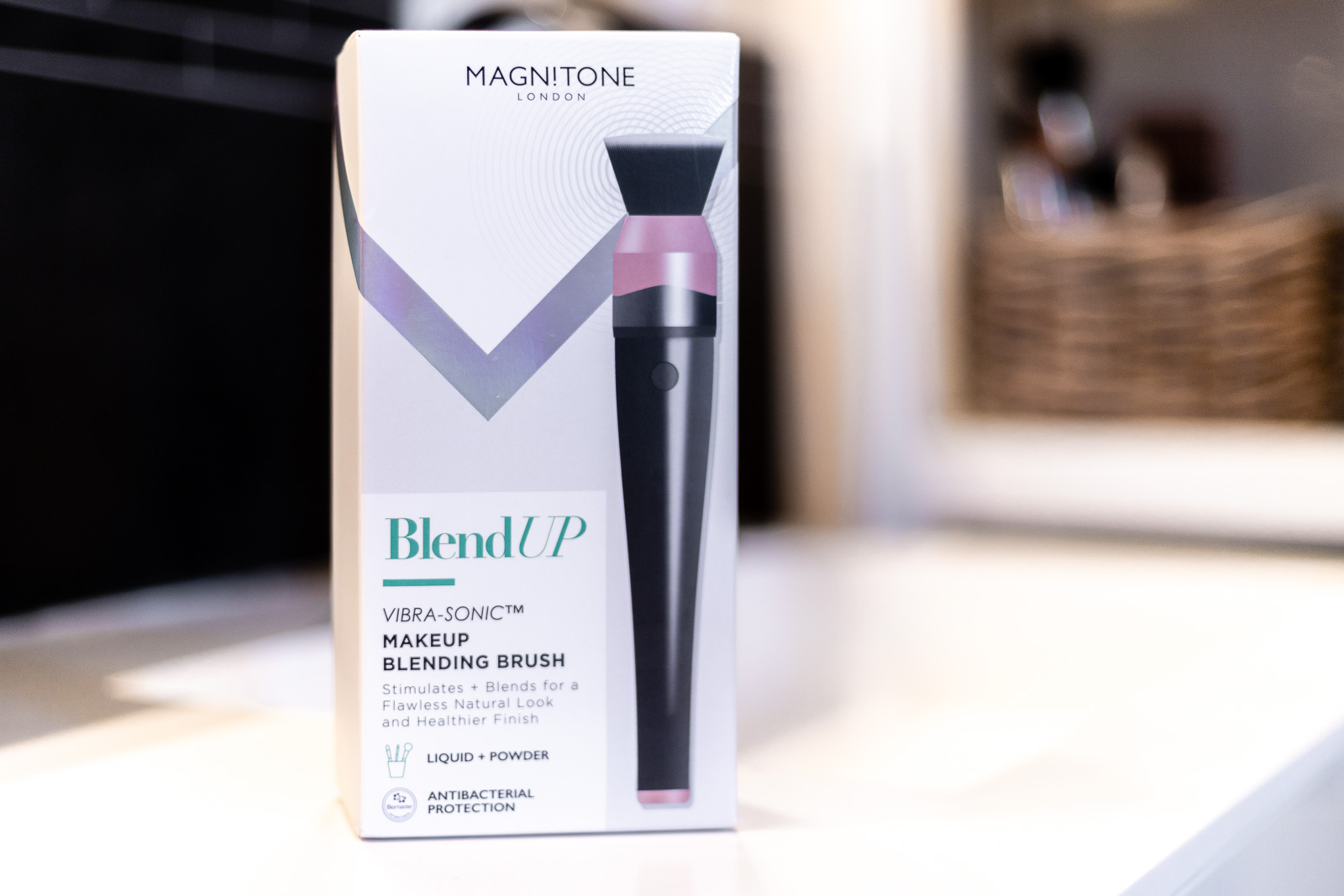 BlendUp - Vibra-Sonic Makeup Pinsel von Magnitone London // Beauty Blog, www.miss-classy.com #beauty #makeup #beautyblog