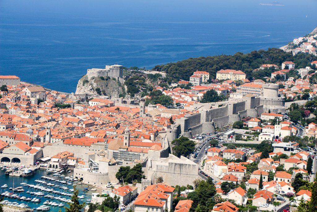 Dubrovnik - Kroatien // Kroatien - die schönsten Reisziele und Urlaubsorte im Land der 1000 Inseln, Highlights & Tipps, Kroatien-Trip, Kroatien Blog, www.miss-classy.com #kroatien #reise #reiseblog #dubrovnik