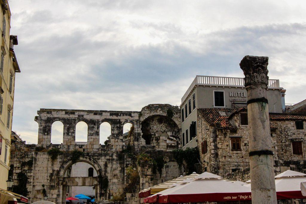 Split - Kroatien // Kroatien - die schönsten Reisziele und Urlaubsorte im Land der 1000 Inseln, Highlights & Tipps, Kroatien-Trip, Kroatien Blog, www.miss-classy.com #kroatien #reise #reiseblog #split