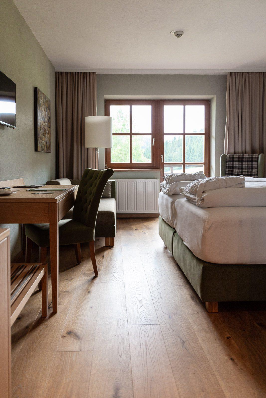 Zimmer Hotel Teichwirt, Hotelzimmer, Hotel Teichwirt - Erholung im Naturpark Almenland am Teichalmsee // Teichalm, www.miss-classy.com #hotelteichalm #teichalm #natur