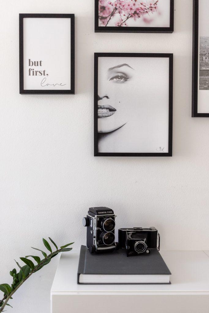 Gerahmte Premium Poster von Posterlounge // Interieur Blog, Einrichtung, Wohnzimmer, Dekoration, www.miss-classy.com #poster #posterlounge #interieur