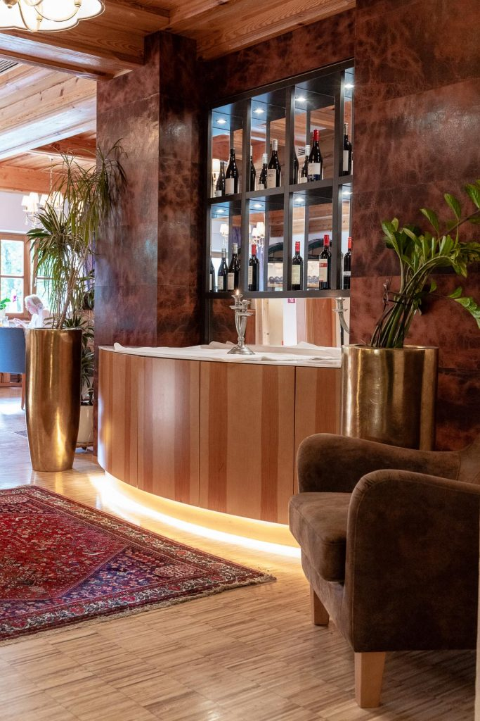 Speisesaal Hotel Teichwirt, Hotel Teichwirt - Erholung im Naturpark Almenland am Teichalmsee // Teichalm, www.miss-classy.com #hotelteichalm #teichalm #natur