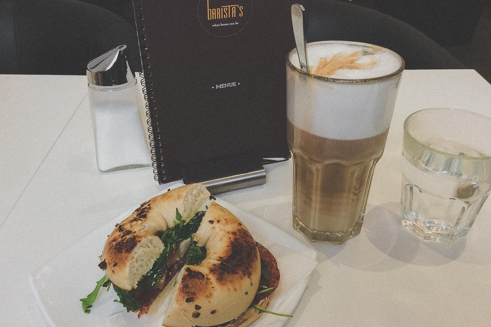 Barista's, Kaffee trinken in Graz - Das sind die besten Cafés & Coffee Shops // Cafés in Graz, Kaffee trinken, Graz Blog, www.miss-classy.com #cafe #kaffee #graz