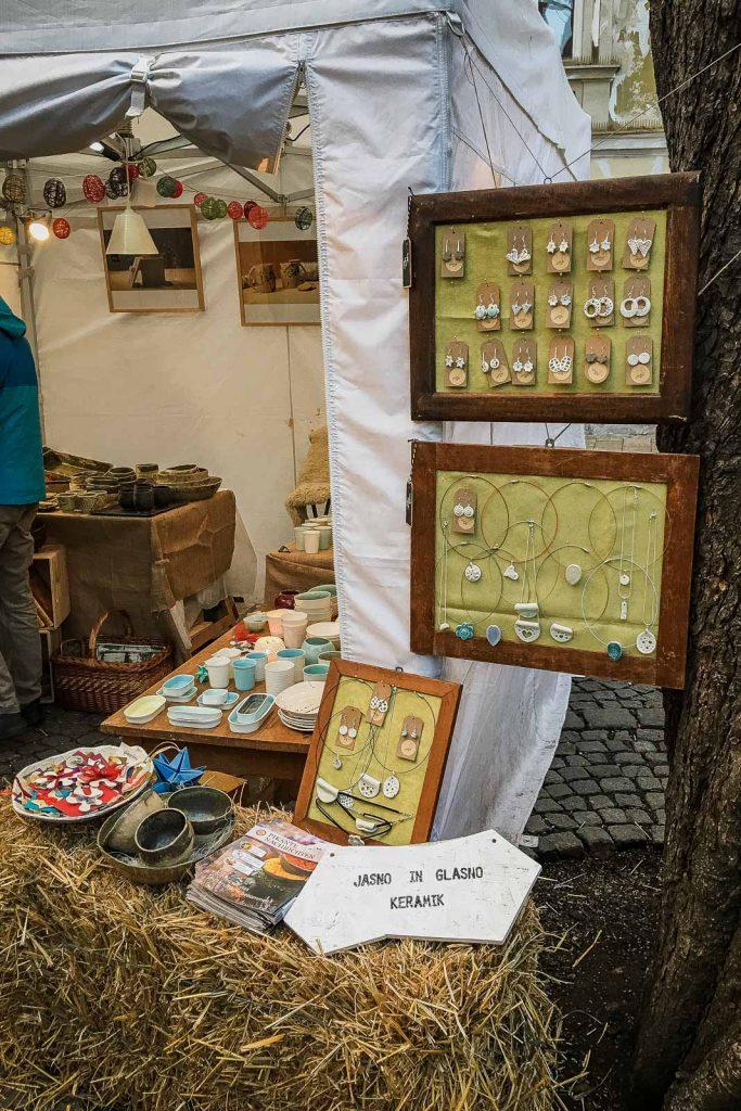 Kunsthandwerksmarkt Färberplatz - Adventmärkte Graz, Weihnachtsmärkte, Christkindmarkt